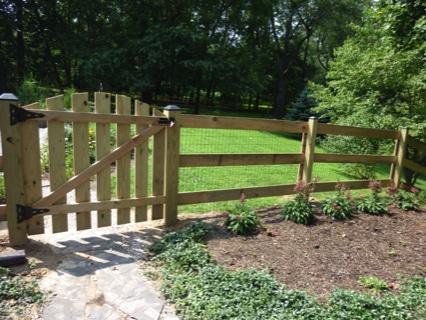 P1010242 Evergreen Fence Amp Deck