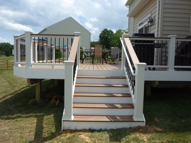 Enhance Your Home With A Custom Exterior Deck Evergreen Fence S Quality Design And Workmanship Our Experienced Staff Will Work You To