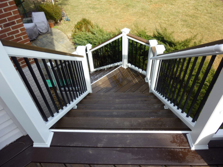 Decks - Evergreen Fence & Deck
